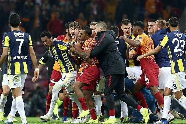 Galatasaray - Fenerbahçe derbisindeki cezalarda son durum