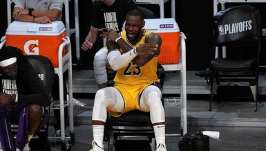 Son dakika spor haberleri: LeBron James'e büyük şok! NBA'de Phoenix Suns son şampiyon Los Angeles Lakers'ı eledi