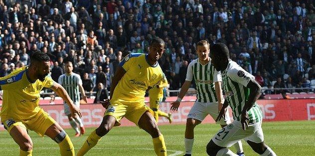 Konyaspor evinde Ankaragücü'nü 2 golle geçti!