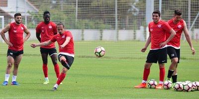Antalyaspor'dan tarihi başarı