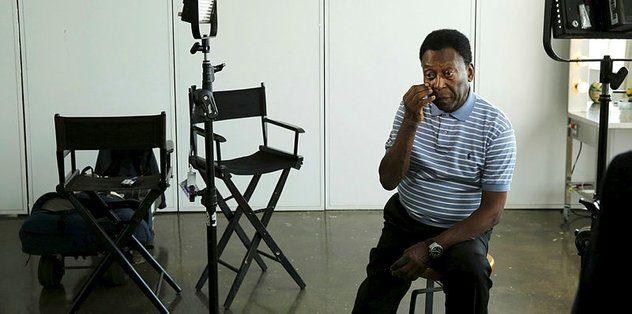 Brazil legend Pele 'embarrassed' to leave house