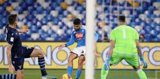 Lazio'yu eleyen Napoli yarı finalde!
