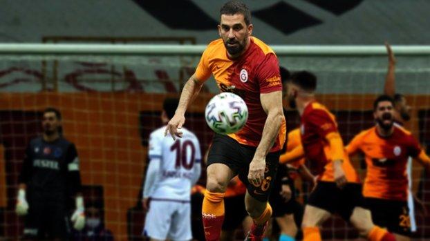 Galatasaray-Trabzonspor maçı sonrası Arda Turan'dan açıklamalar Pes etmeyeceğiz! #