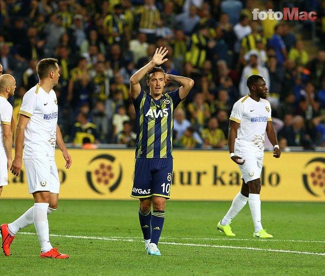 Ersun Yanal yıldız futbolcunun biletini kesti!