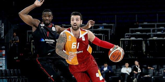 Galatasaray Odeabank, sezonun ilk maçında Gaziantep Basket'i parkeden sildi