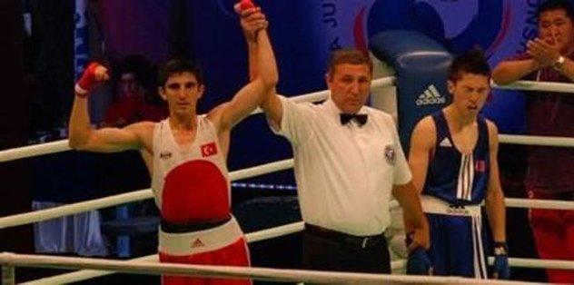 Üç Türk boksör finalde
