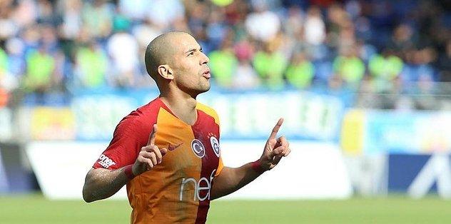 Galatasaray'da Feghouli Başakşehir maçını bekliyor
