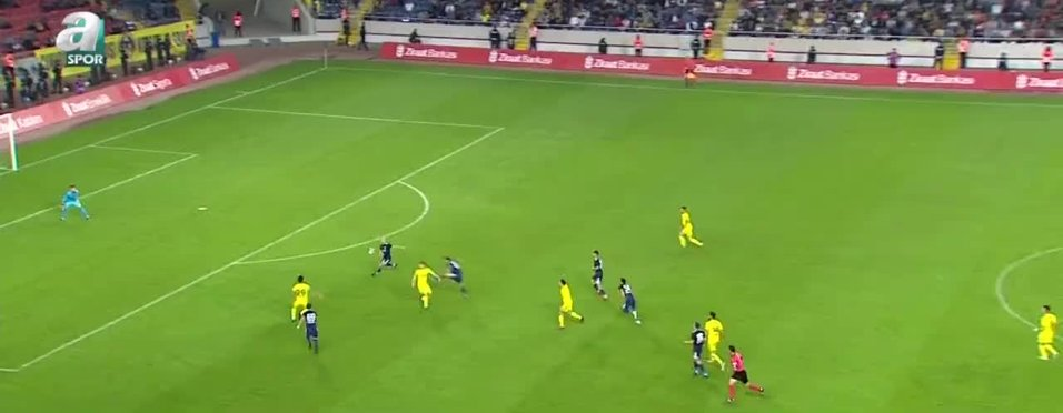 Fenerbahçe sadece bir kez İstanbul dışına çıkacak