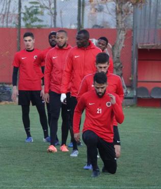 Gençlerbirliği'nde Kasımpaşa maçının hazırlıkları sürüyor