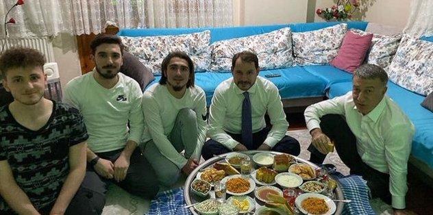 Hazine ve Maliye Bakanı Berat Albayrak'tan Abdülkadir Ömür'e ziyaret