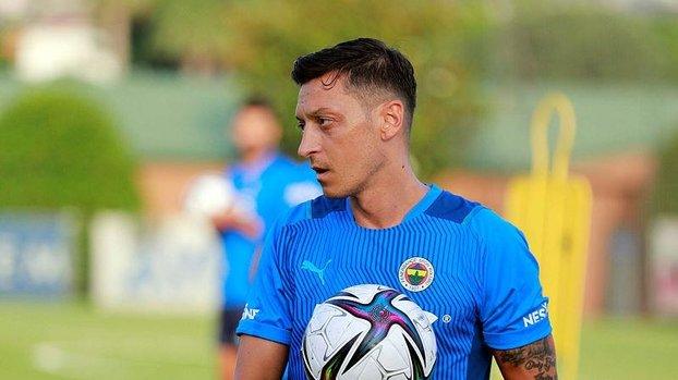 Son dakika Fenerbahçe haberi: Mesut Özil'in neden oyundan çıktığı belli oldu