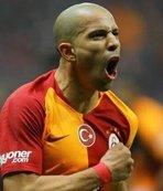 Feghouli'den Süper Lig yorumu: Geç de olsa...