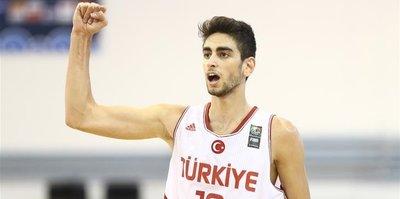 NBA'e bir Türk daha