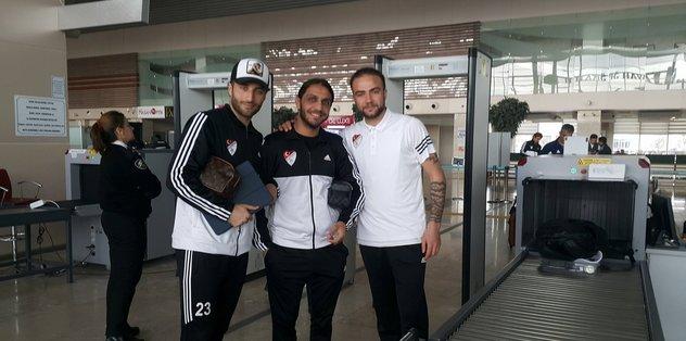 Elazığspor deplasmana 21 futbolcuyla gitti