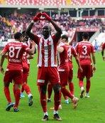 Sivasspor liderliği bırakmadı!