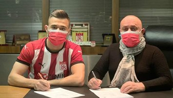 Sivasspor Alaaddin Okumuş'u transfer etti