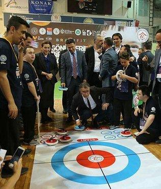 Floor Curling Şampiyonası düzenlendi