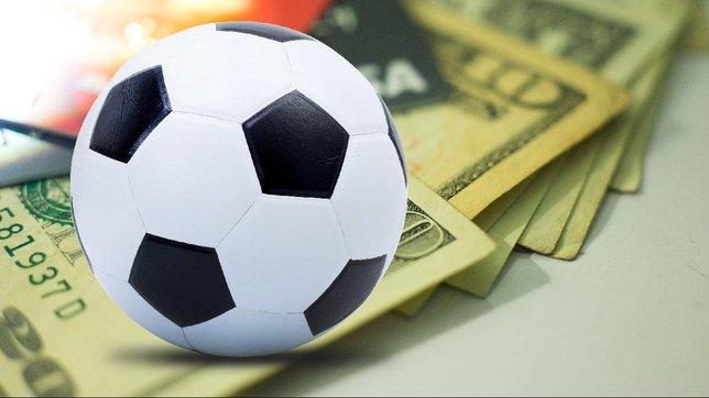 Futbolda yepyeni bir dönem! Kulüpler nefes alacak...
