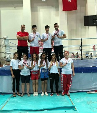 Diyarbakırlı kick boksçulardan 20 madalya