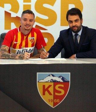 Kayserispor Adryan Oliveira Tavares ile anlaşmaya vardı | Son dakika transfer haberleri