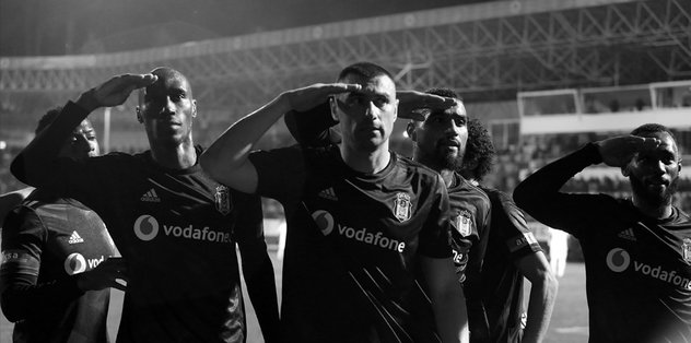 Beşiktaşlı futbolculardan ortak mesaj: Türkiye'nin başı sağolsun