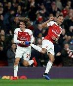Londra derbisine Arsenal damgası!
