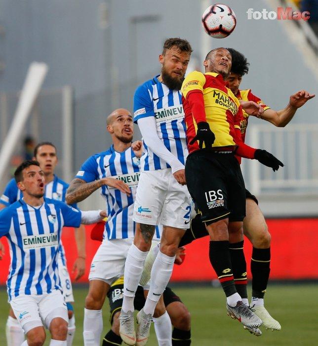Göztepe - BB.Erzurumspor maçından kareler...