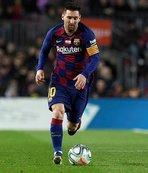 Messi, CR7'yi solladı