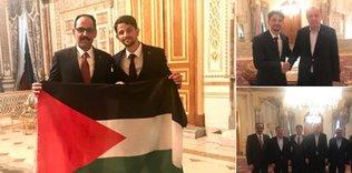 Turkish aide congratulates Palestinian marathon runner
