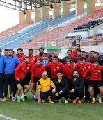 Sivas Belediyespor'un tek rakibi Barcelona
