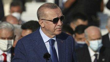 Başkan Erdoğan'dan rekortmen sporcuya tebrik telefonu!