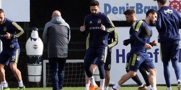 Fenerbahçe, Alanyaspor hazırlıklarını sürdürdü