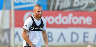 besiktasta sergen yalcin istedi gokhan tore donuyor 1595487597904 - Beşiktaş'tan Alanya kuşatması! Tam 4 transfer...