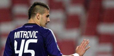 Mitrovic için dev kapışma