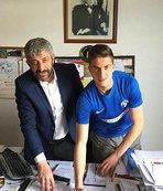 Sarıyer, Bertuğ Özgür Yıldırım'la profesyonel sözleşme imzaladı