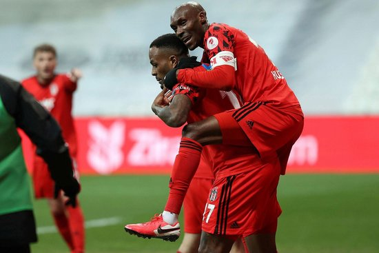 SON DAKİKA: Beşiktaş'ta Atiba ve Cyle Larin Yeni Malatyaspor maçında yok! 11