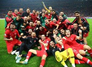 A Milli Futbol Takımımız tarihe geçti!