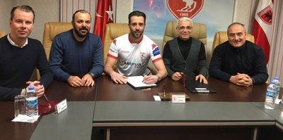 Samsunspor 3 oyuncuyu kadrosuna kattı