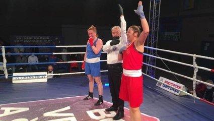 Kadın milli boksörler Sırbistan'da 5 madalya kazandı!