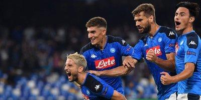 Eljif'li Napoli son şampiyonu yendi