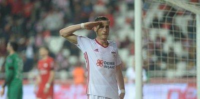Hakan Arslan, Antalyaspor'u boş geçmiyor