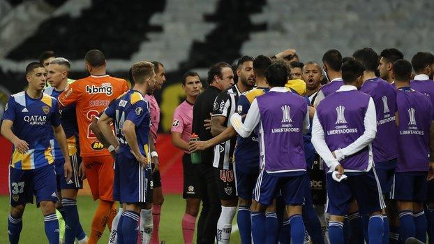 Son dakika spor haberleri   Atletico Mineiro Boca Juniors maçında olay! Futbolcular karakolluk oldu