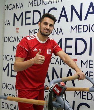 Sivasspor'da Hugo Vieira'nın sözleşmesi feshedildi