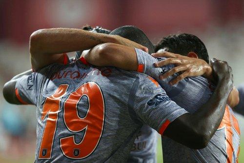 antalyaspor 0 2 medipol basaksehir mac sonucu 1593893829750 - Antalyaspor 0-2 Medipol Başakşehir | MAÇ SONUCU