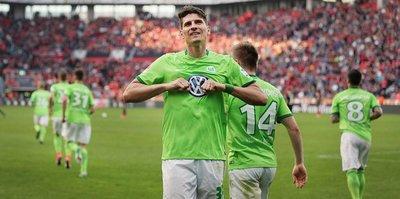 Gomez çıldırdı! 7 dakikada hat-trick