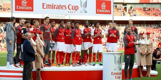 Maçı Sevilla, kupayı Arsenal kazandı!