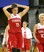 Kadın milli basketbolcular madalyaya odaklandı