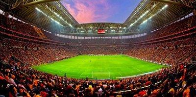 Galatasaray seyircisi rekor kırdı