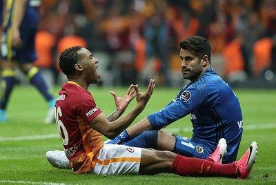 Fenerbahçe - Galatasaray derbisi, Beşiktaş - Fenerbahçe derbisini geçti