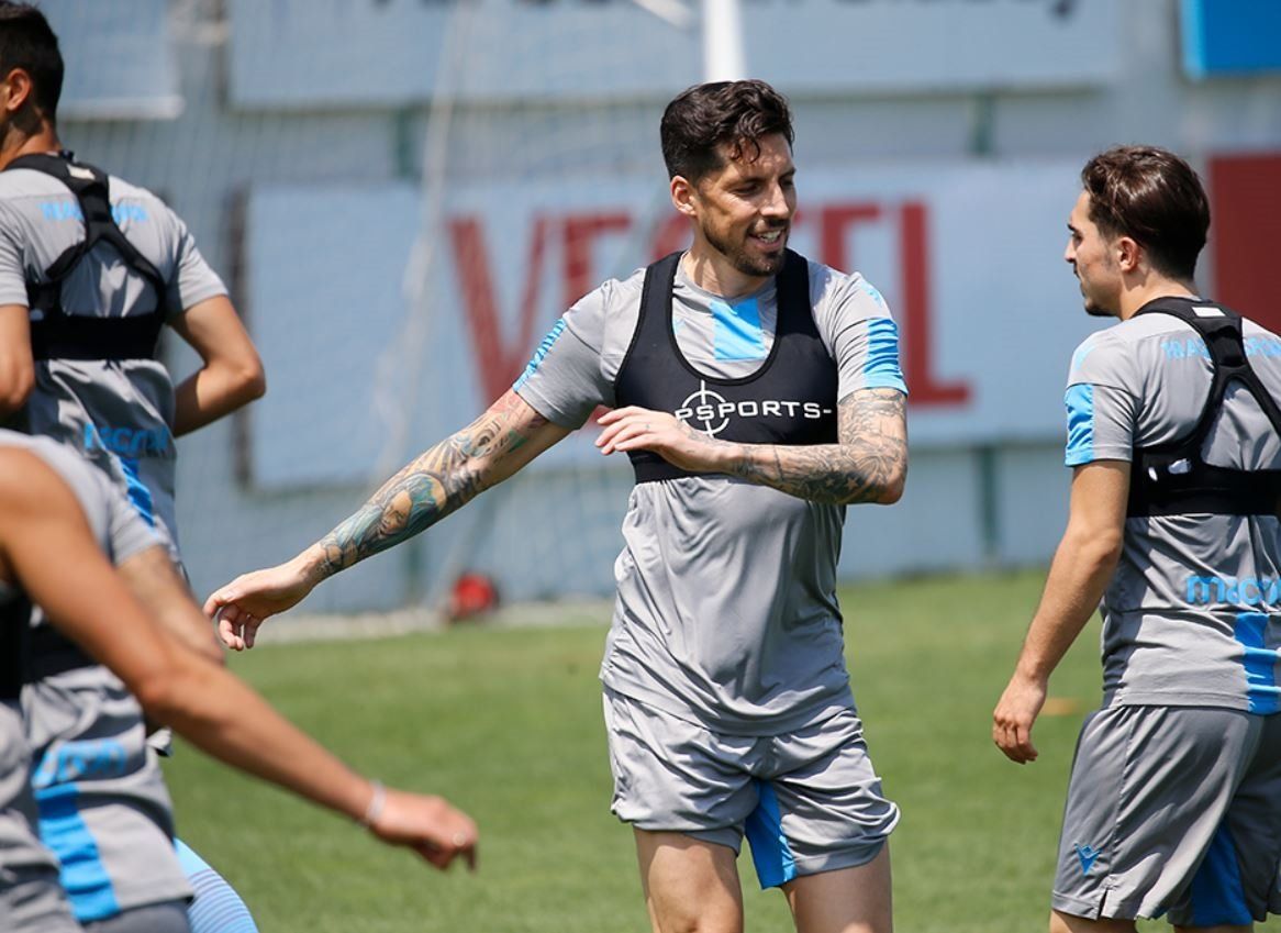 trabzonspora jose sosadan sevindirici haber 1592994633819 - Trabzonspor'a Jose Sosa'dan sevindirici haber!